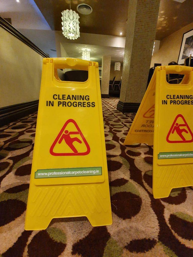hotel restaurant carpet cleaned